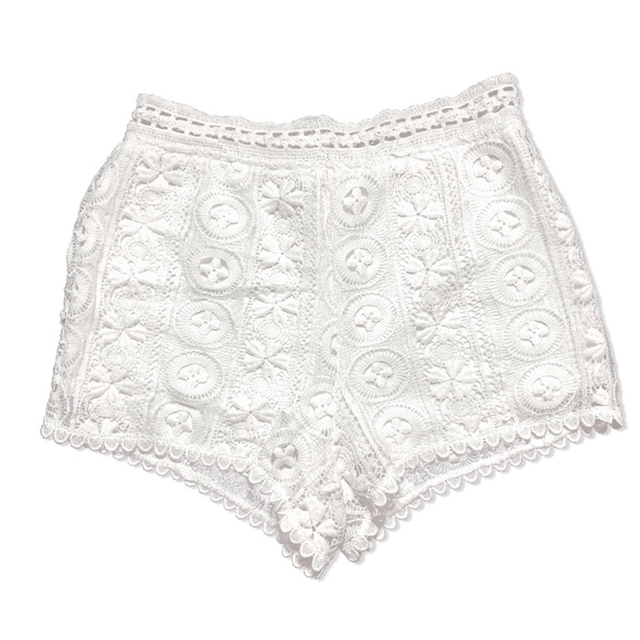 Lush Pants - 😍 Lush White Lace Shorts!